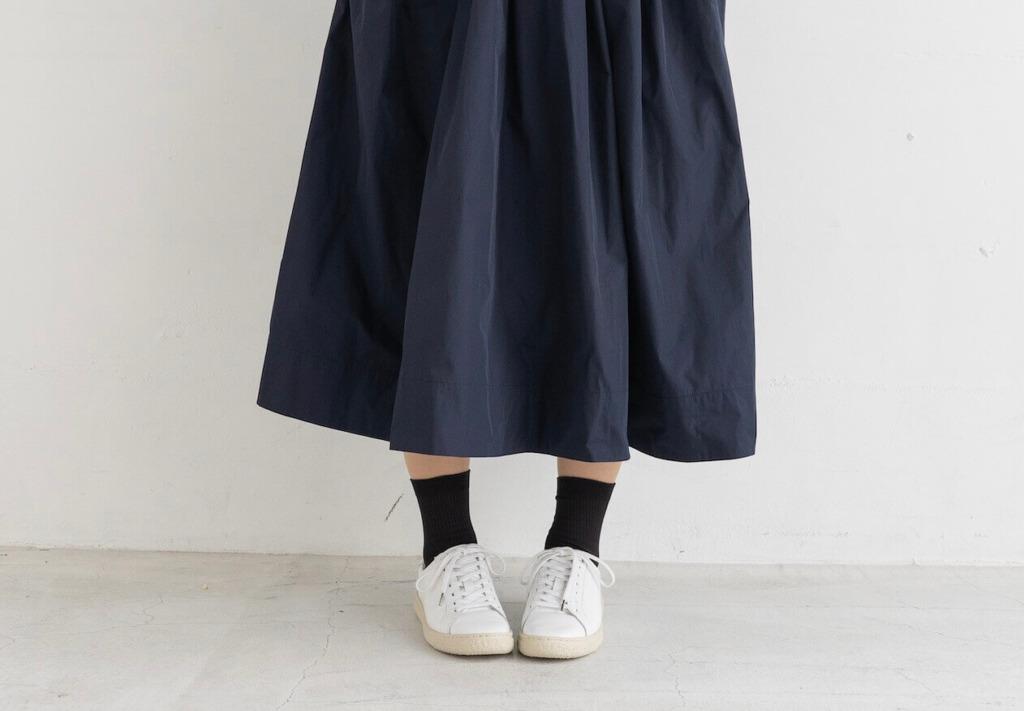 フェミニンな雰囲気漂うスカートコーデ