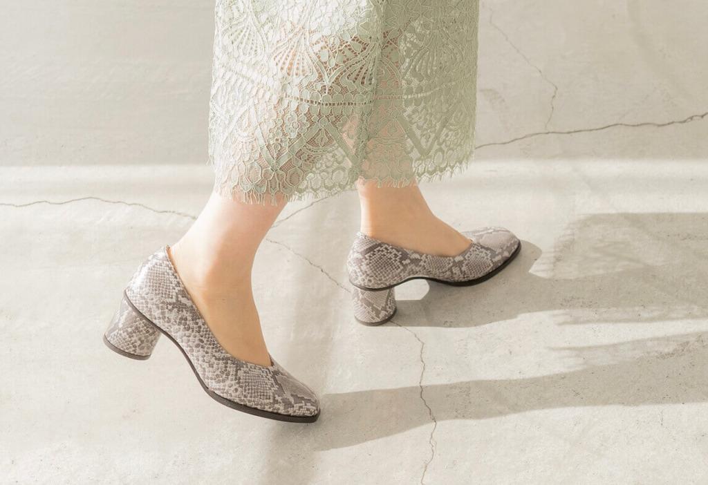 幅広靴は見かけるのになんで幅狭さんや細足さん向けの靴は見かけないの?