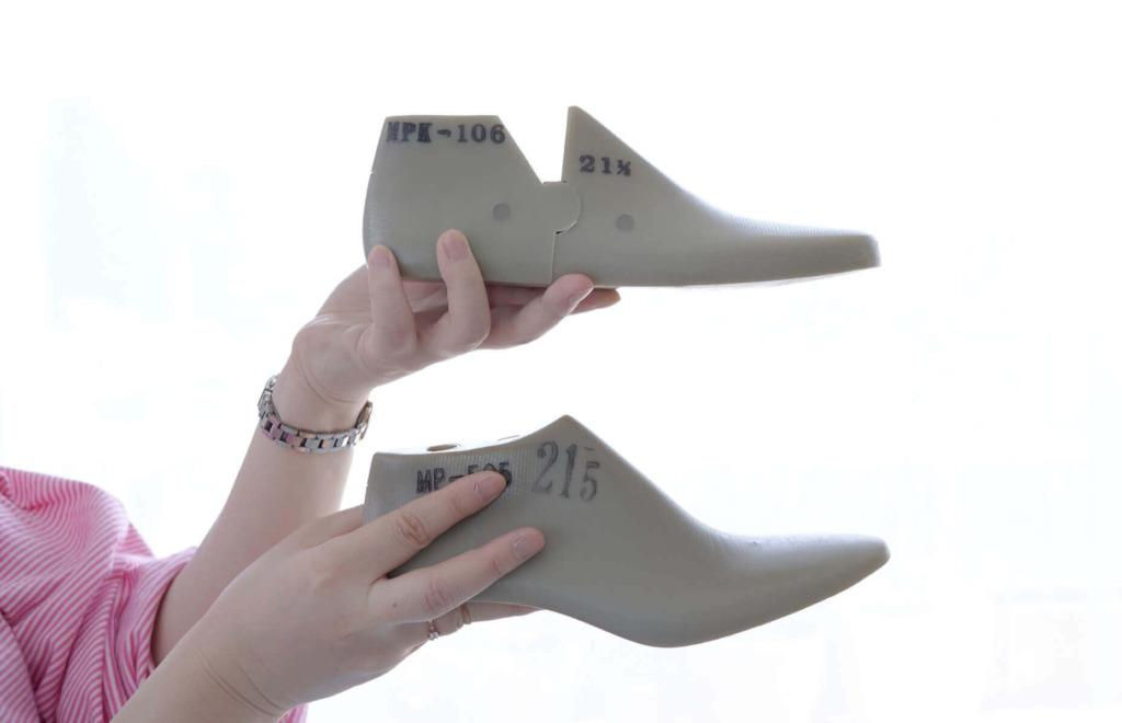 Bワイズ設計のこだわりを靴種別にご紹介!
