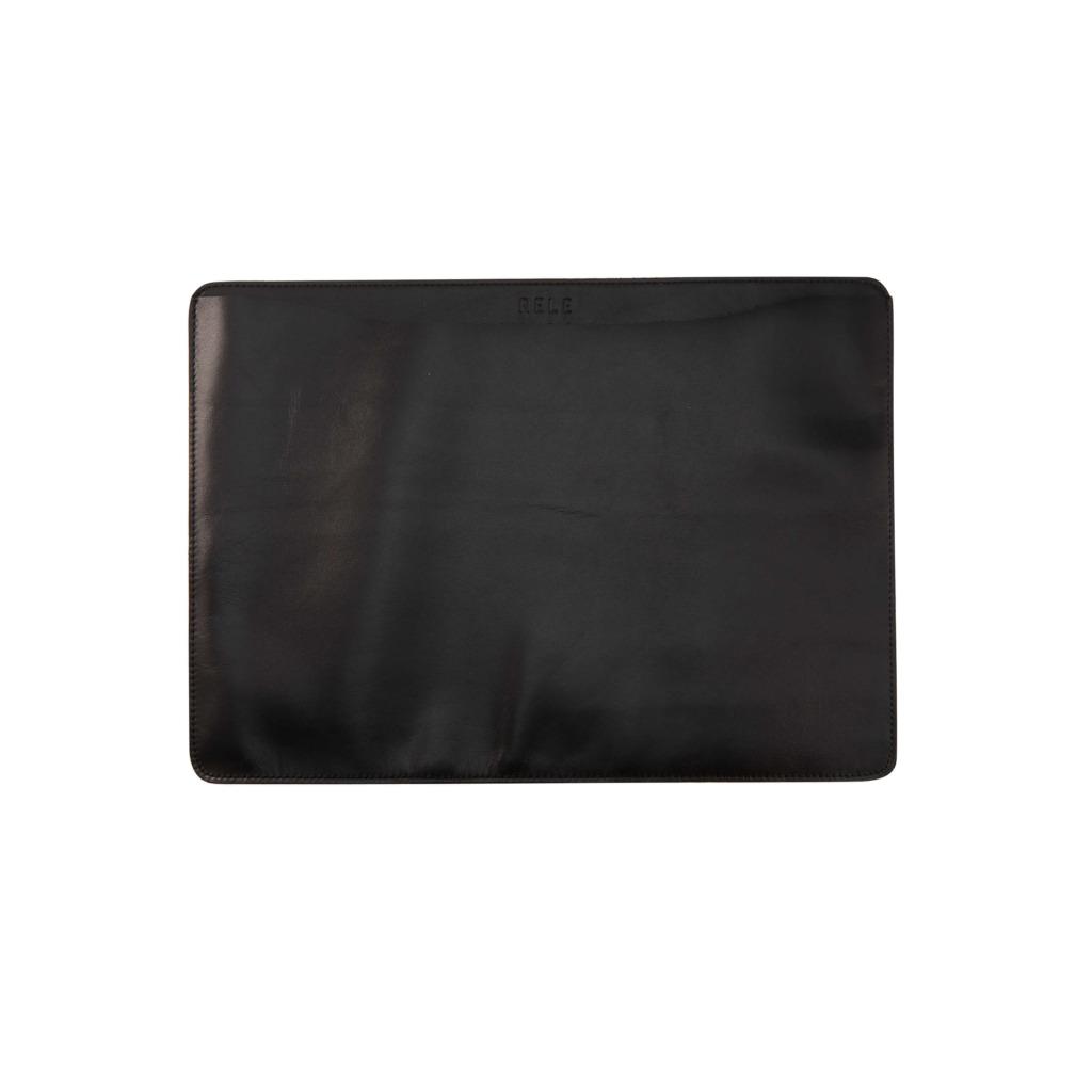 MacBookケースブラック商品詳細ページ画像